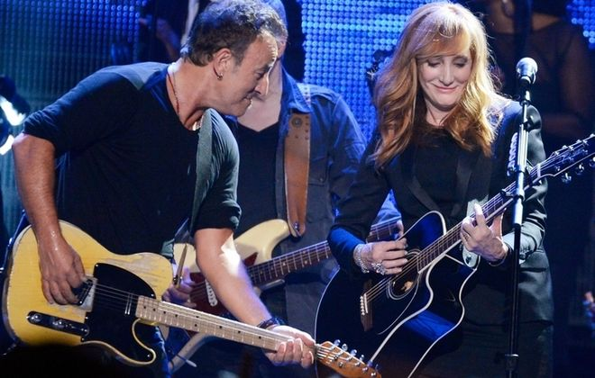 """Bruce Springsteen and Patti Scialfa perform a giddy """"Linda Paloma"""" on a new Jackson Browne tribute album. (Getty Images)"""