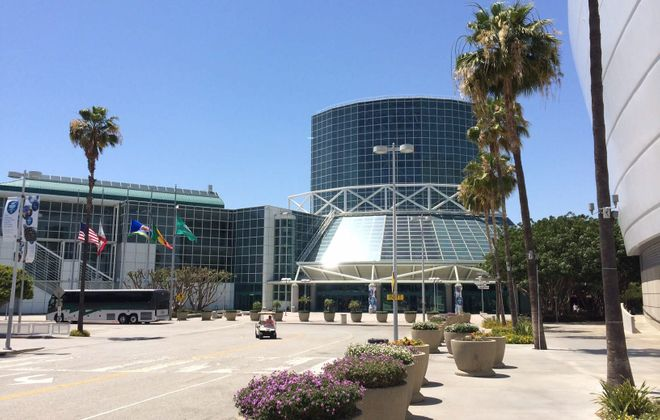 There is a parcel of land next to the Staples Center and Nokia Theatre for a proposed downtown stadium in Los Angeles.