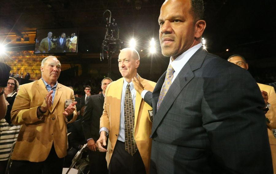 Andre Reed on 'progress,' the No. 1 receiver question, Elbert Dubenion