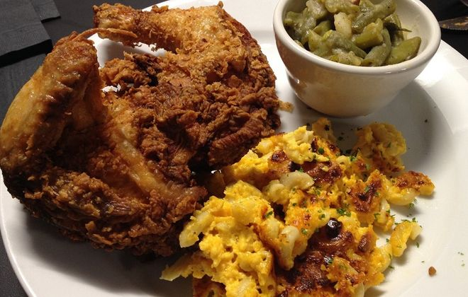 The fried chicken and macaroni and cheese from Buffalo Supper Club. (Andrew Galarneau/Special to the News)