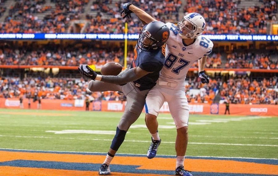 Syracuse safety Durell Eskridge breaks up a pass against Duke's Max McCaffrey last season. (Getty Images)