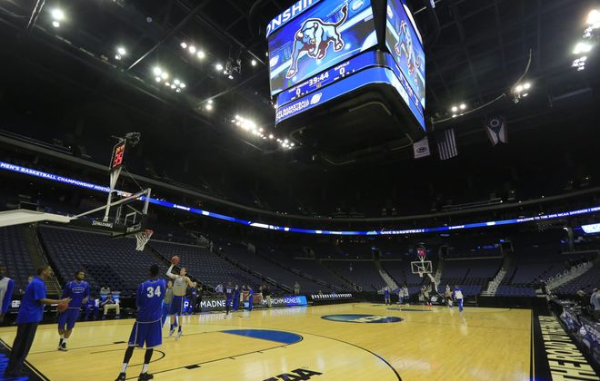 University at Buffalo players practice Thursday before opening the NCAA Tournament against West Virginia.