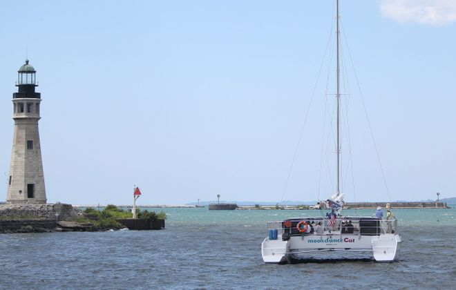 The Moondance Catamaran offers public and private cruises with a bar on Lake Erie.