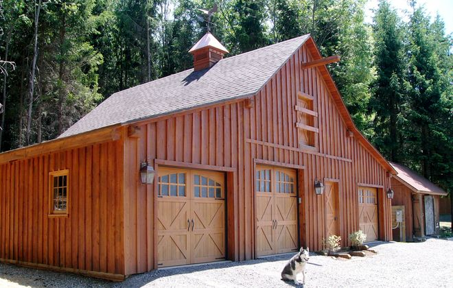 Local woodworker Gary Mathe built this timber-framed barn in Ellicottville using locally sourced larch, a tree native to the area.