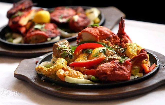 Tandoori chicken platter at Jewel of India (Robert Kirkham/Buffalo News)