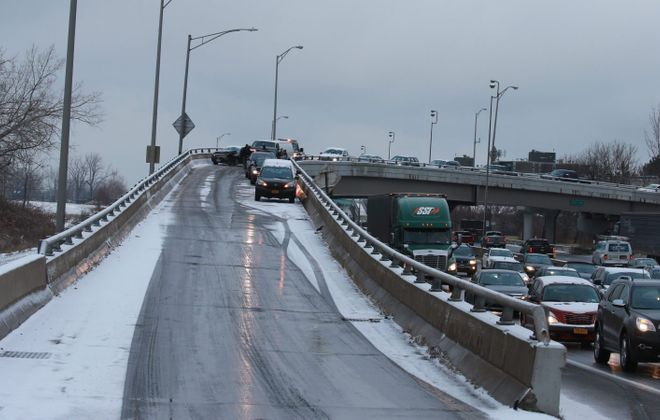 An accident on the Virginia Street ramp to 190 downtown. (John Hickey/Buffalo News)