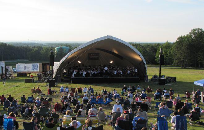 Buffalo Philharmonic Orchestra at the sledding hill at Chestnut Ridge Park in Orchard Park. (Photo courtesy of Bill Even/Chestnut Ridge Conservancy)