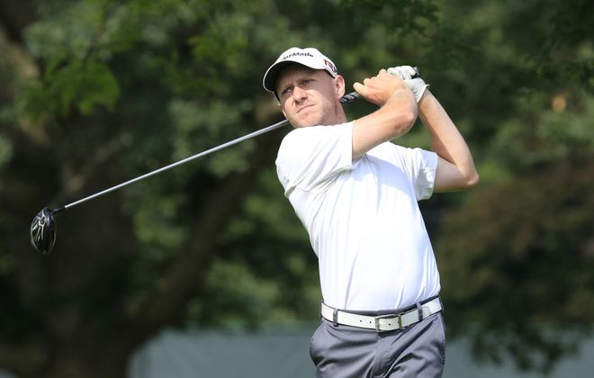 It took one round to find his game after being a late addition to the Porter Cup, but Desmond Stoll rebounded Thursday with an even-par 70.