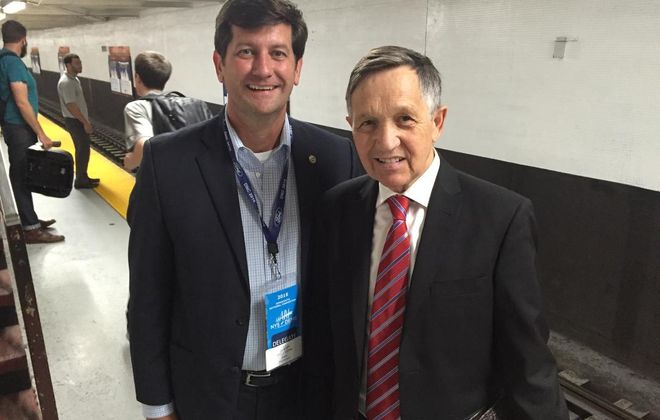 Poloncarz runs into Dennis Kucinich on the subway in Philly. (Image by Mark Poloncary)
