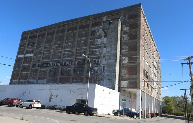 Developers envision apartments at the old A&P Warehouse on Swan Street.