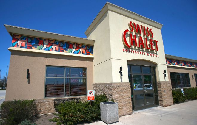 Right now, the nearest Swiss Chalet is across the border in Niagara Falls, Ont. (Robert Kirkham/News file photo)