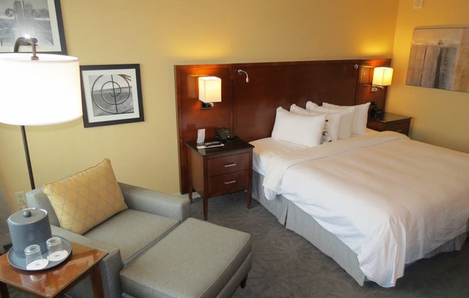 New furnishings, color scheme and decor are seen in a remodeled guest room at the Buffalo Niagara Marriott. (Photo courtesy Buffalo Niagara Marriott)