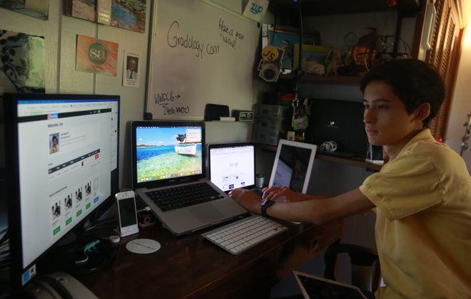 Tech whiz, 17, has a choice: College or California?