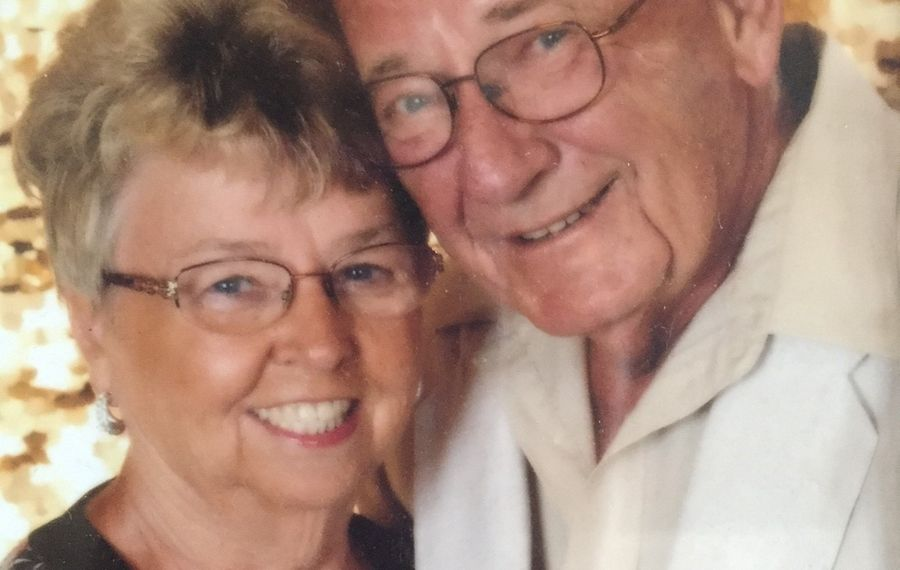 Linda Lee and Robert Krebs celebrate 50th wedding anniversary