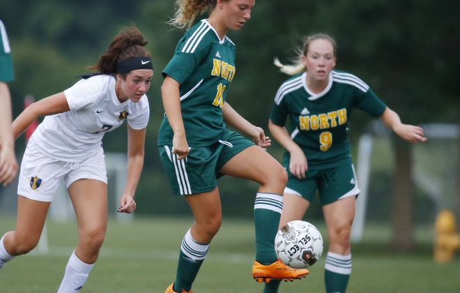 Jenna Sylvester and Williamsville North sit at No. 4 in this week's large schools poll. (Harry Scull Jr./Buffalo News)