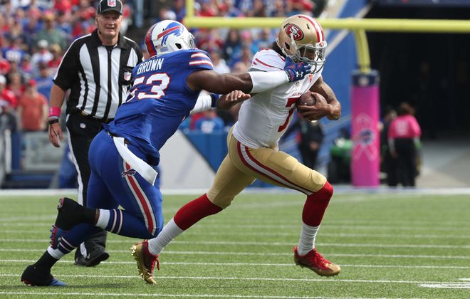Zach Brown and the Buffalo defense kept a hold of Colin Kaepernick and the 49ers. (James P. McCoy/Buffalo News)
