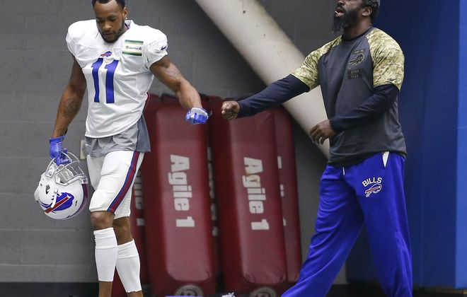 Percy Harvin's issues with migraine headaches have kept him out of practice. (Mark Mulville/Buffalo News)