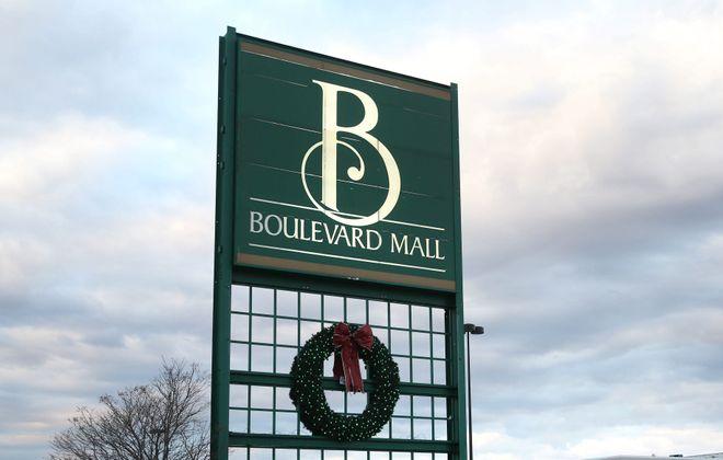 Boulevard Mall. (Sharon Cantillon/Buffalo News)