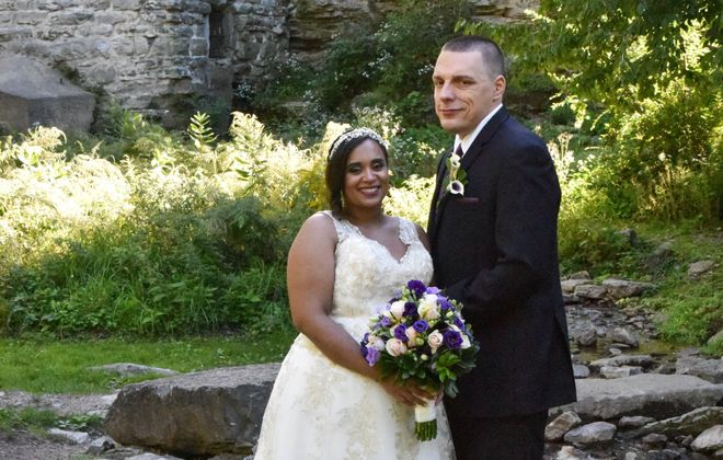 Stephanie Curthoys and Michael Birkemeier marry on Sept. 24