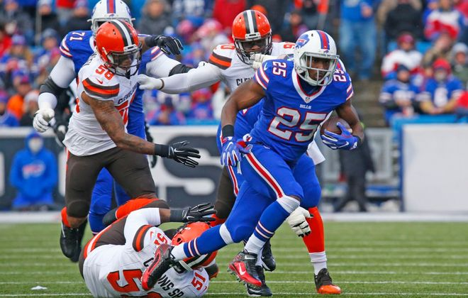 LeSean McCoy runs during the first quarter against the Cleveland Browns last season. (Harry Scull Jr./Buffalo News)