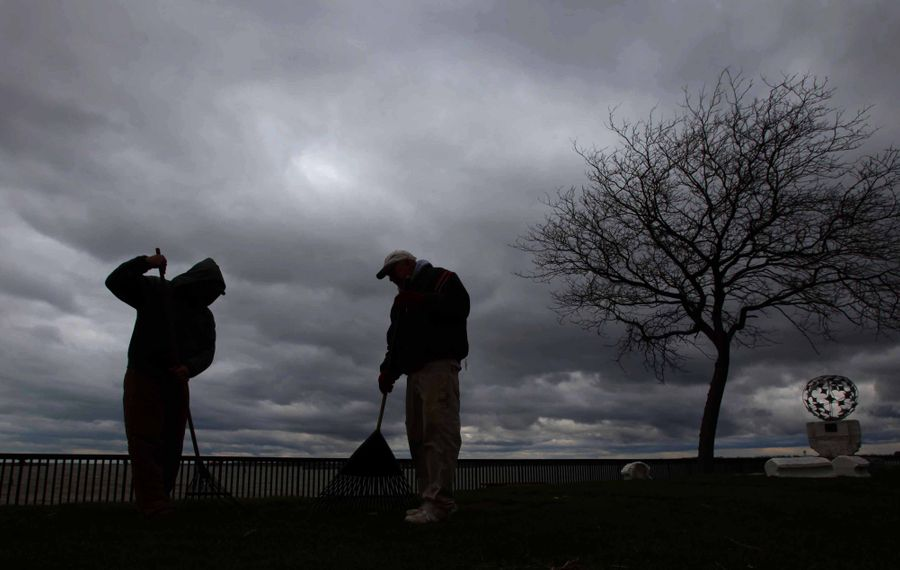 Lack of sunshine in the winter is widely believed to cause seasonal affective disorder, but that may not be the case.  (News file photo)
