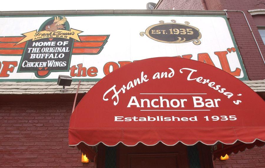 The original Anchor Bar location on Main Street. (Sharon Cantillon/News file photo)