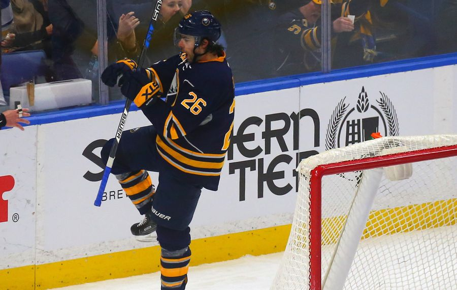 Matt Moulson won't be bought out by the Sabres (John Hickey/News file photo)