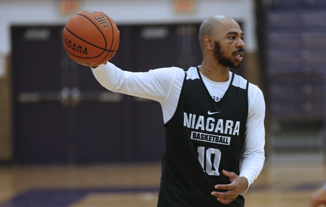 Niagara's Kahlil Dukes was a first-team All-MAAC selection. (Robert Kirkham/File Photo)