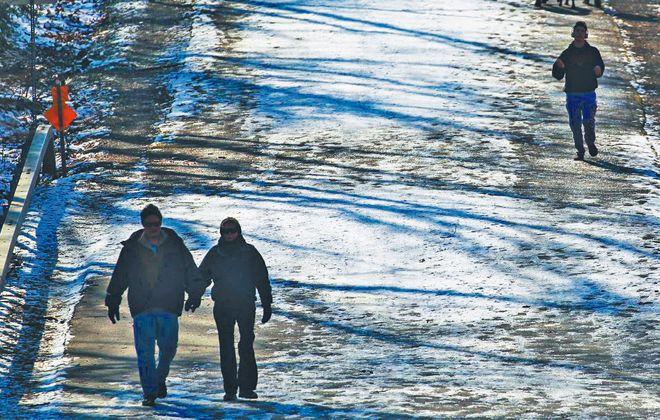 People enjoy warm temperatures and sunshine at Chestnut Ridge Park in Orchard Park Sunday, February 7, 2016.   (Mark Mulville/Buffalo News)