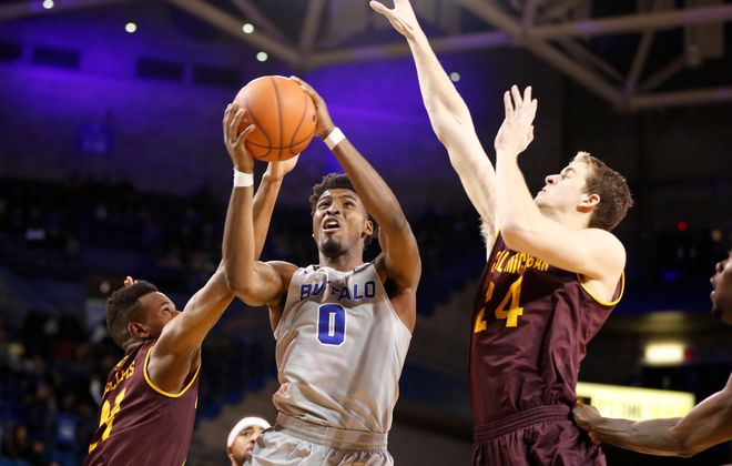 Blake Hamilton goes to the rim against Central Michigan. (Harry Scull Jr./Buffalo News)