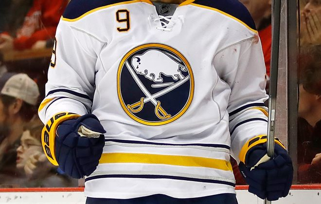 Evander Kane wants the Sabres to stay aggressive whenever they get a lead. (Getty Images)
