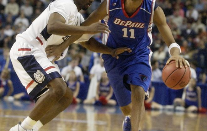 UConn's Ben Gordon guards Depaul's Sammy Mejia. (John Hickey/Buffalo News)