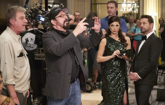 """Rob Lieberman directing an episode of the Canadian series """"Private Eyes"""" in Toronto in November 2016. Stars Cindy Sampson and Jason Priestley are looking on. (Courtesy """"Private Eyes"""")"""