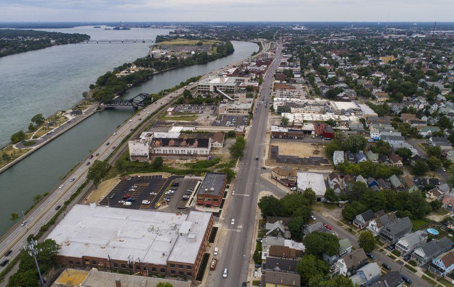 An aerial of Niagara Street starting at Niagara and Fargo. (Derek Gee/Buffalo News)