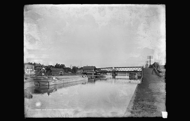 The Erie Canal as it looked in Tonawanda sometime between 1900 and 1910. (Library of Congress Prints and Photographs Division)