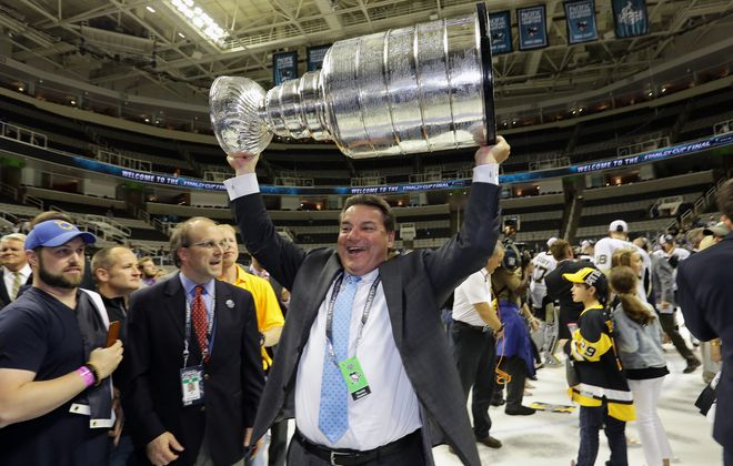 Randy Sexton hoisted the Stanley Cup with Pittsburgh the past two seasons. (Getty Images)