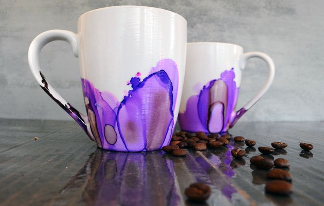 LaCott Fine Art mug.