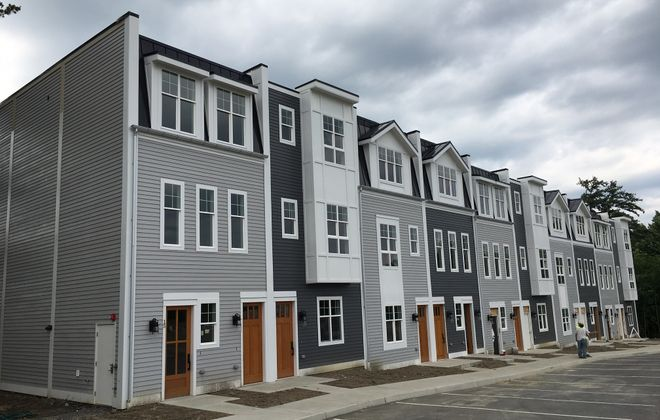 Hamburg's Woods at Bayview wraps up second phase
