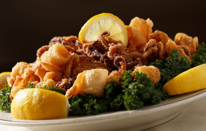Fried calamari is a classic dish at the Como in Niagara Falls. (Sharon Cantillon/Buffalo News)