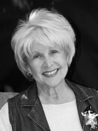 Theatre of Youth co-founder and popular Buffalo actor Rosalind Cramer died on Friday, April 7 at 81.