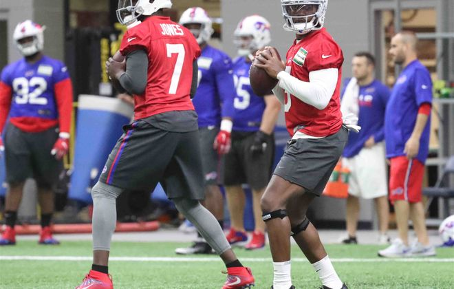 Bills quarterbacks Cardale Jones, left, and Tyrod Taylor during offseason workouts. (James P. McCoy/Buffalo News)