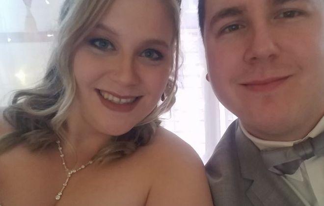 Melissa Scoma and Christopher Tatro marry at Tonawanda Castle