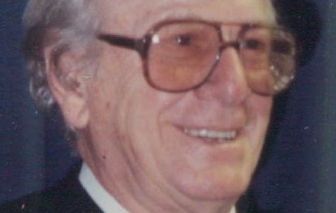 Peter J. Arnone, 98, singer, instrumentalist entertained listeners for more than 70 years