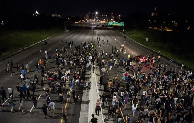Protestors shut down highway 94 on June 16, 2017 in St Paul, Minnesota. Protests erupted in Minnesota after Officer Jeronimo Yanez was acquitted on all counts in the shooting death of Philando Castile. (Photo by Stephen Maturen/Getty Images)