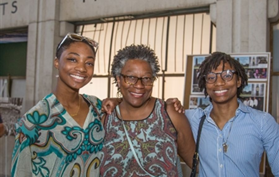 Smiles at Central Terminal Jazz Series