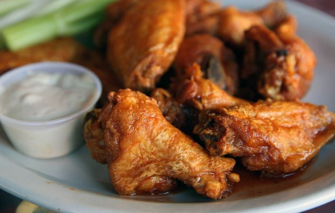 Chicken wings from the Anchor Bar. (Sharon Cantillon/News file photo)