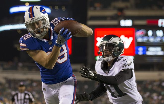 Bills rookie receiver Brandon Reilly catches a touchdown pass against the Eagles. (Getty Images)