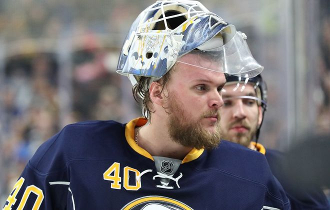 Robin Lehner struggled with alcohol addiction and bipolar disorder at the end of last season (James P. McCoy/News file photo)