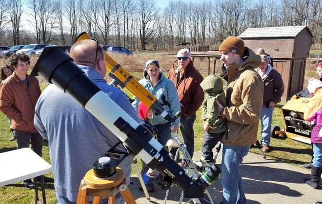 The Buffalo Astronomical Association shares telescopes with the public. (via the BAA)