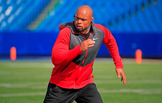 """Lorenzo Alexander said the kickoff return is """"an essential part of the game."""" (Harry Scull Jr./Buffalo News)"""